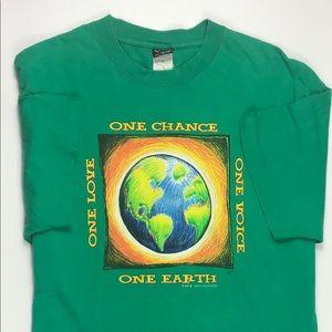 Vintage *2009* T-shirt